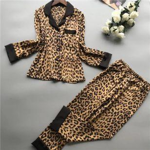 leopard pyjamas set